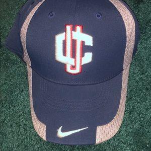 UConn hat